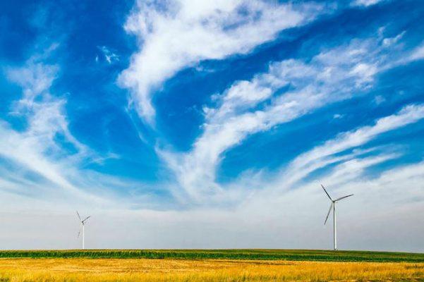 energia odnawialna - farma wiatrowa zmiany klimatyczne