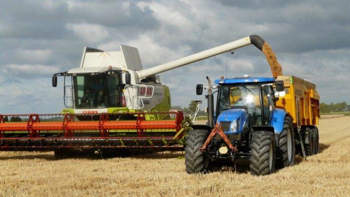 rolnictwo - kombajn - traktor