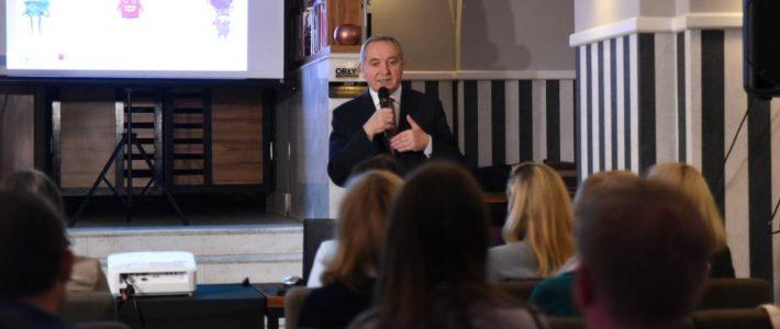 piątka za segregację - konferencja Ministra Środowiska Henryka Kowalczyka